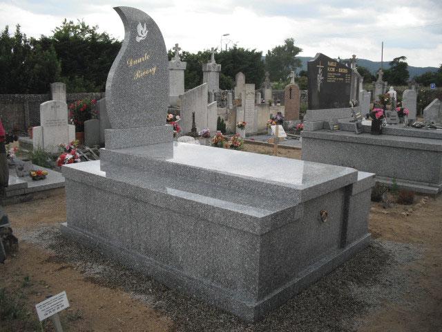 Monument funéraire granit gris